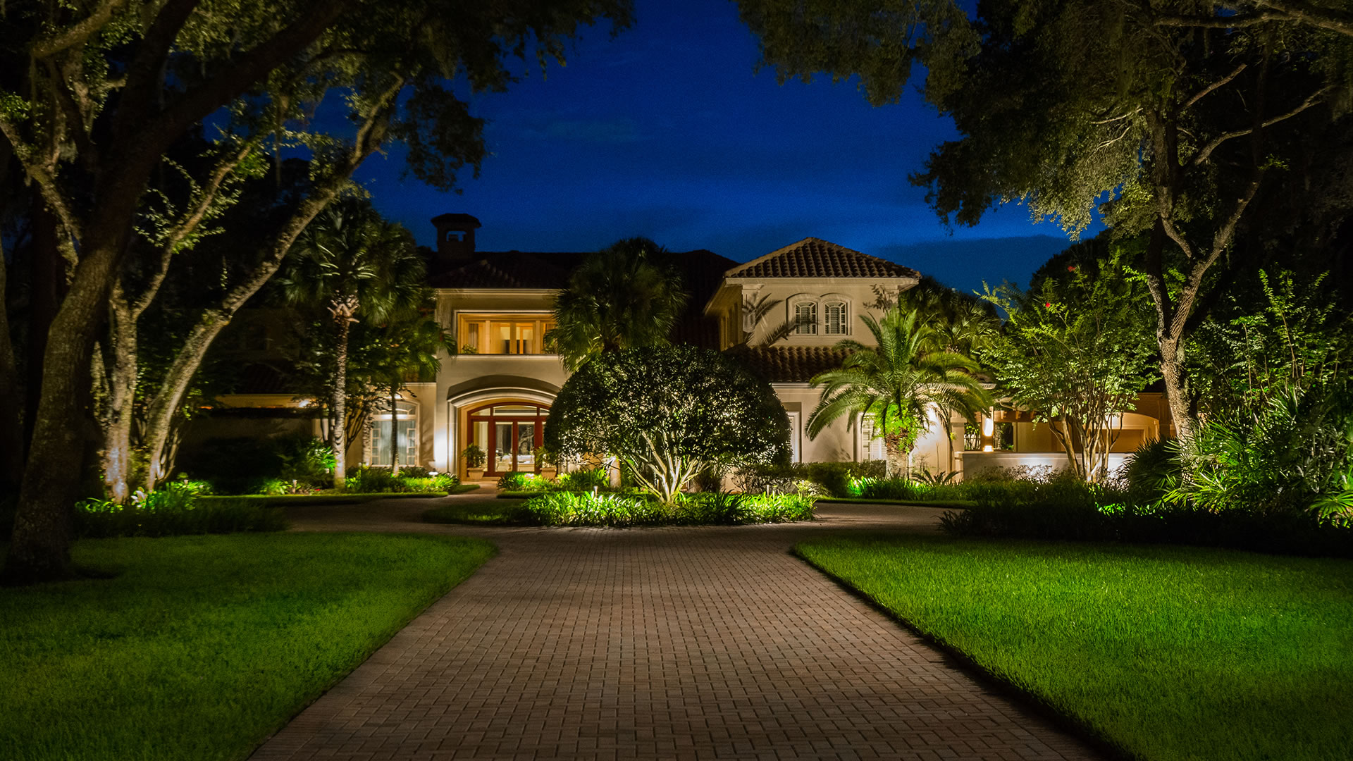 Johnson landscape lighting in jacksonville florida for Garden design jacksonville fl